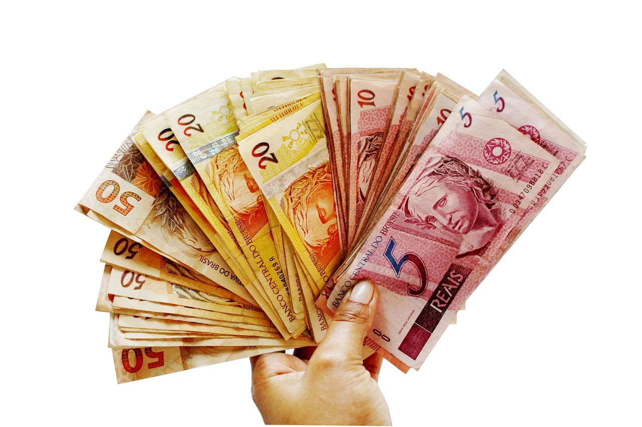 ballots-1195013_1280 hábito consumo brasileiros 2019 pesquisa SPC Brasil