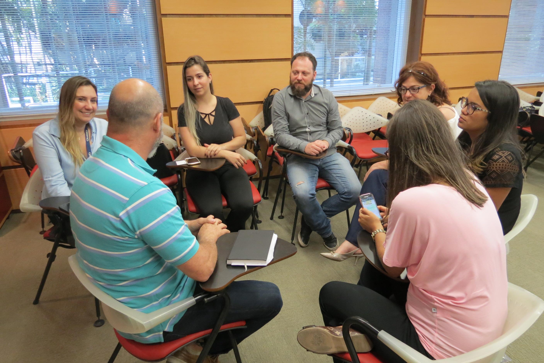 Dinâmica durante o Meeting de Marketing